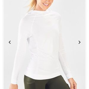 SEAMLESS HOODIE IN WHITE
